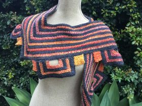 mitred square scarf (1)