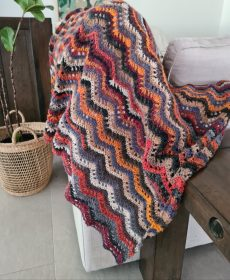 noro feather and fan blanket (1)