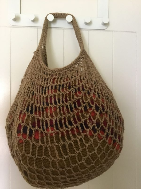 string theory bag in linen (1)